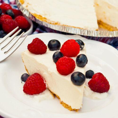 Raspberry Cheesecake Yogurt Pie