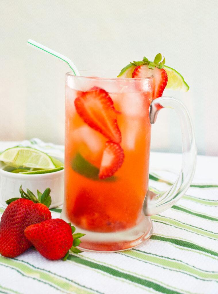Low Calorie Strawberry Limeades