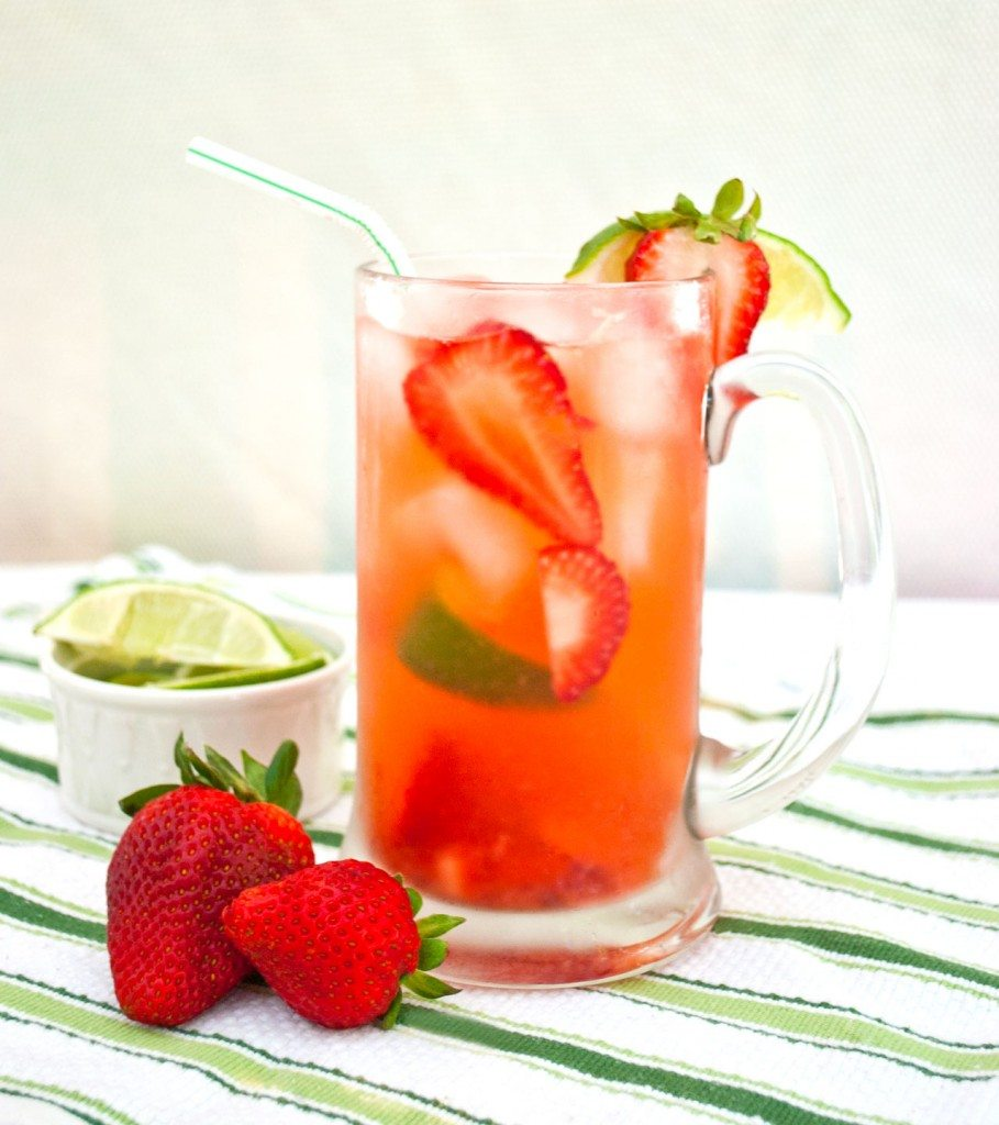 Low-Calorie-Strawberry-Limeade