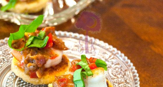 Shrimp & Grit Canapés w/ Basil Bacon Gravy