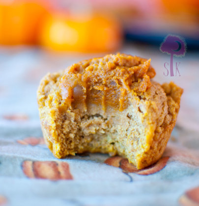 Rustic Pumpkin Pie Muffins