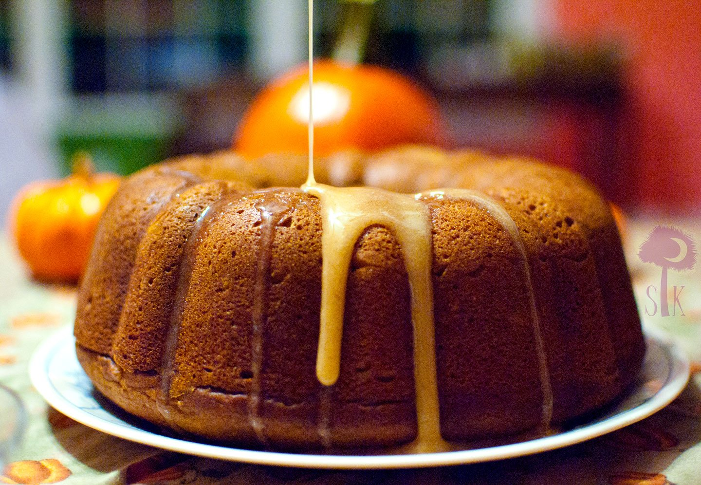 Apple Cinnamon Pound Cake