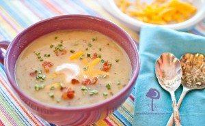 Skinny Loaded Baked Potato Soup