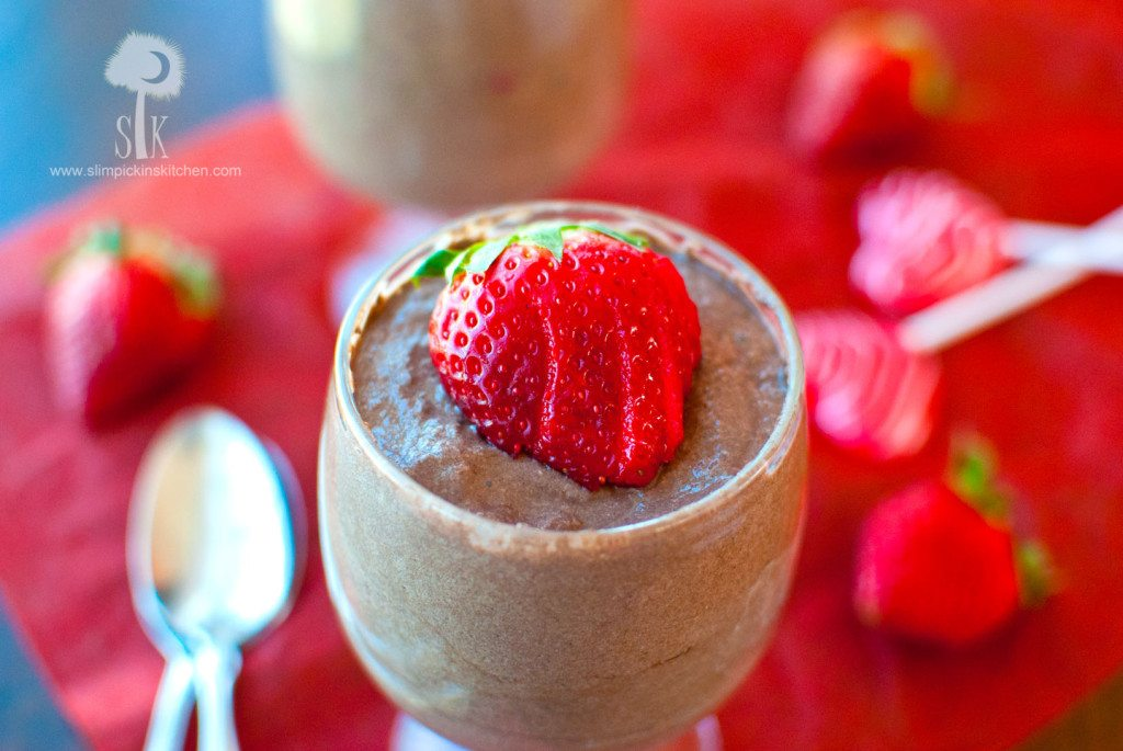 Fluffy-&-Rich-Chocolate-Raspberry-Mousse-5
