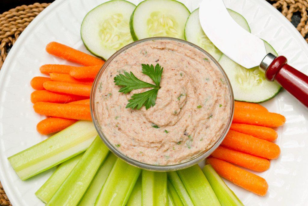 Black-Eyed-Pea-Hummus-2