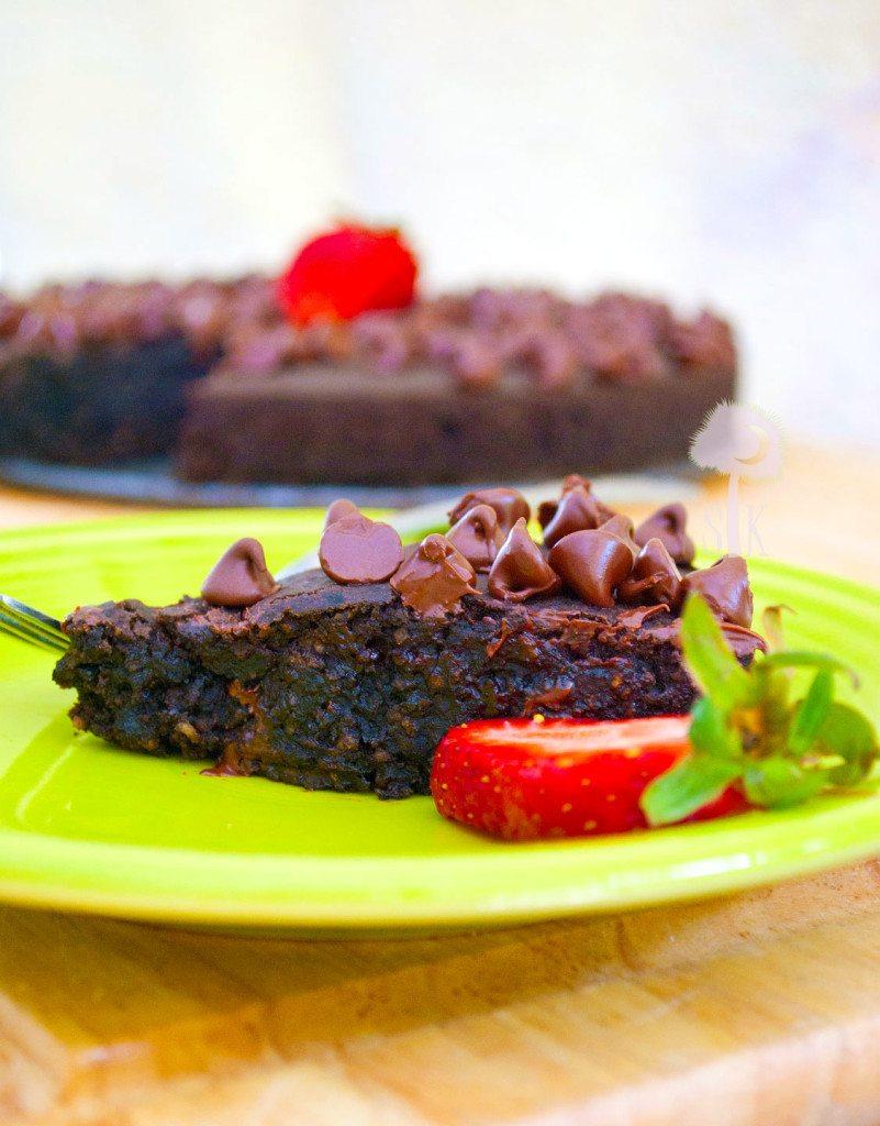 Dark-Chocolate-Chip-Fudge-Brownie-Pie-2