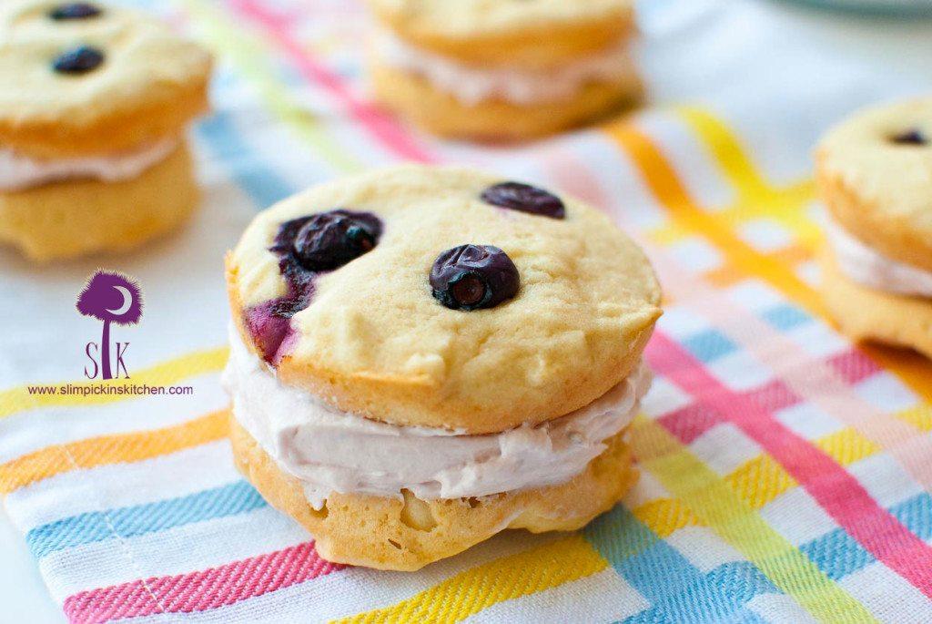 Berry Vanilla Whoopie Pies 2