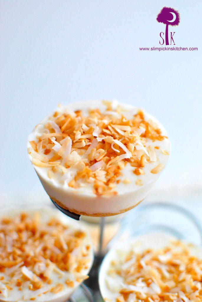 Mini-Frozen-Coconut-Cream-Key-Lime-Cheesecakes-4