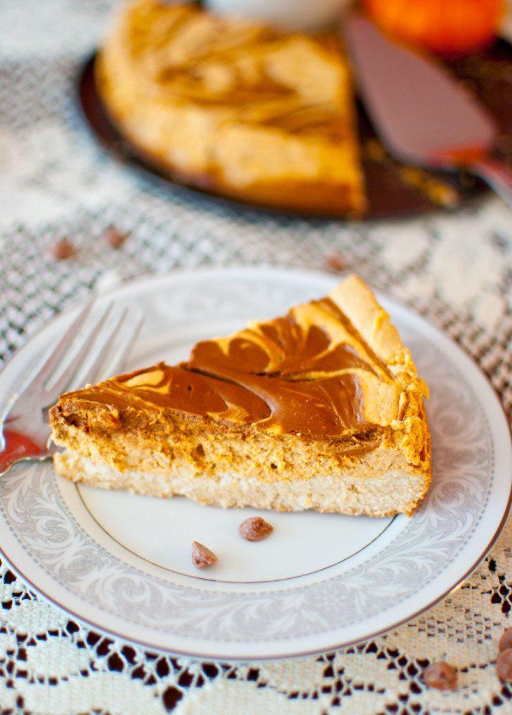 Greek-Yogurt-Pumpkin-Spice-Cheesecake-with-cinnamon-chips-foodgawker