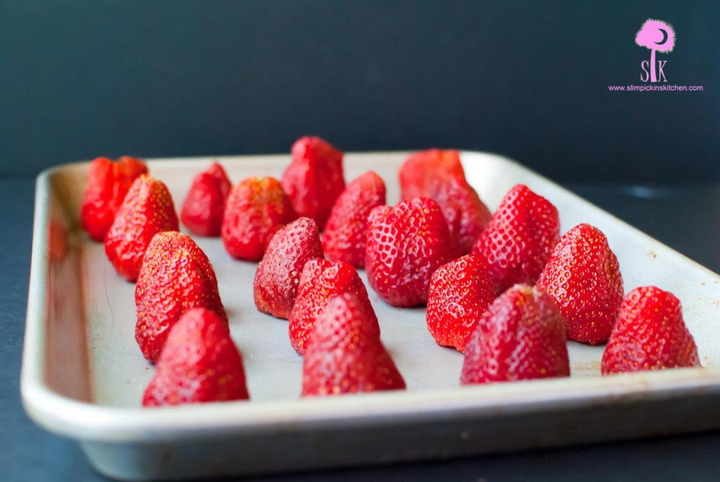 How-to-freeze-strawberries-1