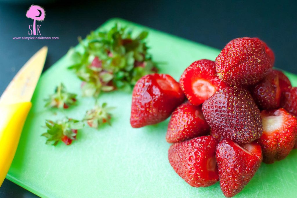 How-to-freeze-strawberries-4