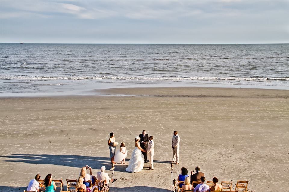 10 Affordable Charleston Wedding Venues | Budget Brides