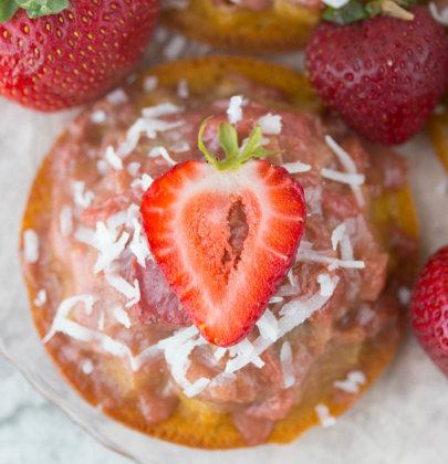 Mini Strawberry Rhubarb Upside Down Cake