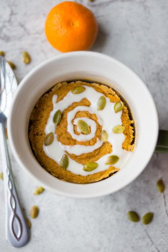 Gluten Free Pumpkin Cinnamon Roll in a Mug: This amazing quick, easy, and healthy paleo mug cake recipe is the perfect healthy fall breakfast!