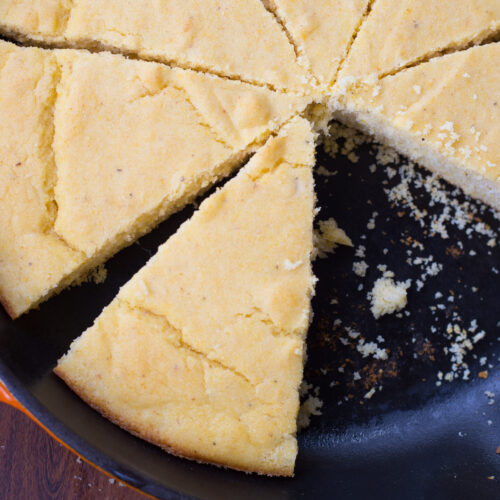 Homemade Southern Buttermilk Cornbread